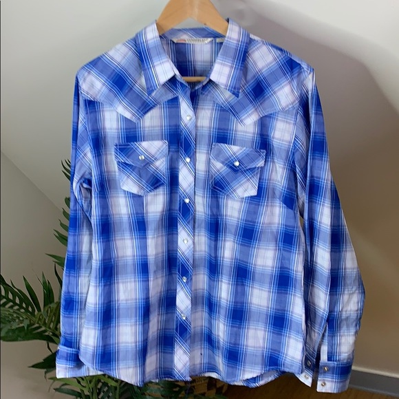c15ef0c44 Cumberland Outfitters Tops   Blue Western Snap Shirt L   Poshmark